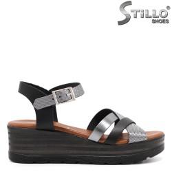 Ежедневни дамски сандали на платформа - 33040