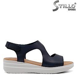 Сини сандали на платформа - 33045