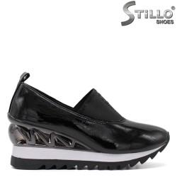 Спортно елегантни обувки на платформа -34821