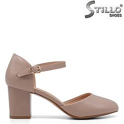 Обувки със затворена пета и пръсти на ток - 34859