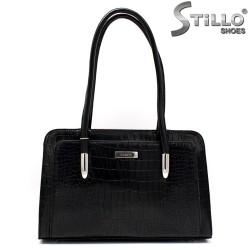 Дамска чанта с джоб от кроко лак - 34142