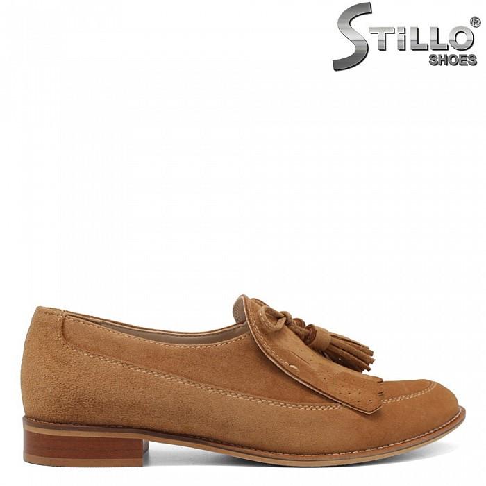 Удобни обувки от естествен камел велур - 34192