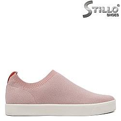 Спортни обувки CAPRICE в розов текстил - 34239