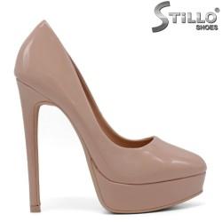Елегантни розови обувки на платформа с ток - 34268