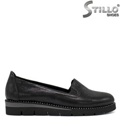 Обувки на платформа с камъчета - 34273