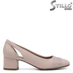 Розови дамски обувки на ниско токче - 34275