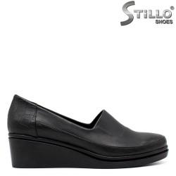 Обувки на ниска платформа - 34287