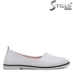Бели пантофки на ниско токче - 34304