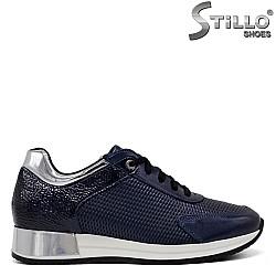 Сини спортно-елегантни обувки с връзки  - 34318