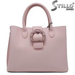 Розова дамска чанта с катарама- 34348