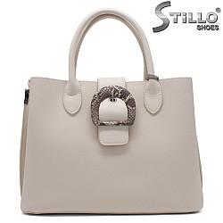 Бежова дамска чанта - 34352