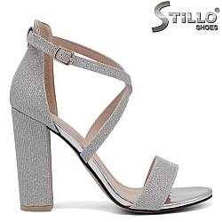 Сребърни абитуриентски сандали на висок ток - 34386