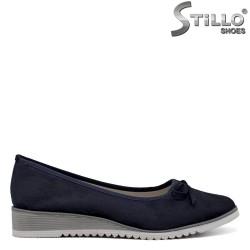 Сини велурени пантофки на ниска плафторма - 34426