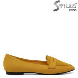 Жълти ежедневни обувки на ниско токче - 34435