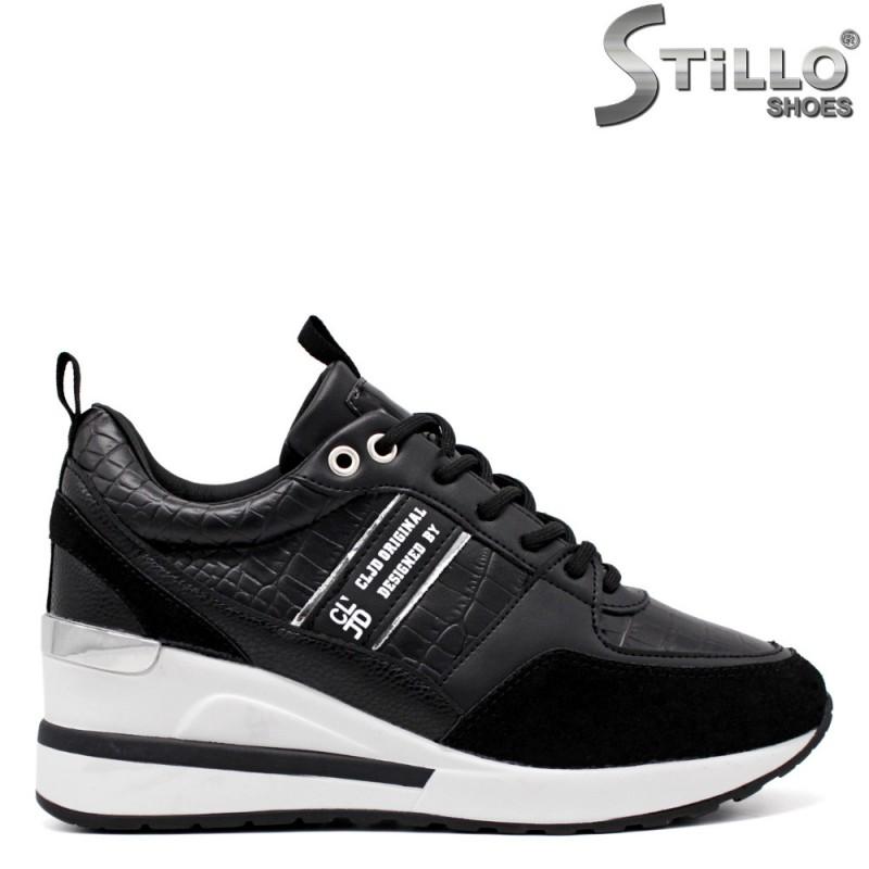Спортно-елегантни обувки на платформа с връзки - 34471