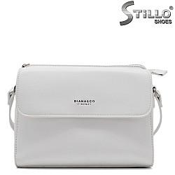 Бяла чантичка с дълга дръжка - 34472