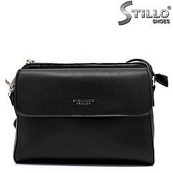 Стилна дамска чанта в черен цвят - 34476