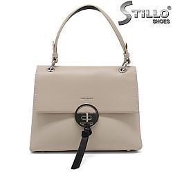 Дамска чанта в бежово - 34483