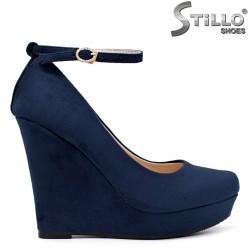 Сини велурени обувки на висока платформа - 34512