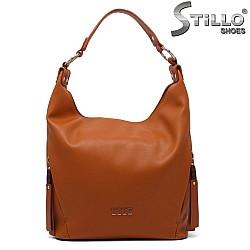 Елегантна дамска чанта цвят камел - 34638