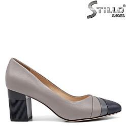 Елегантни сиви обувки на ток - 34643