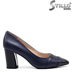 Сини дамски обувки на дебел ток - 34649