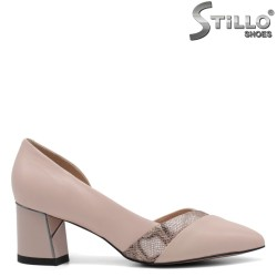 Розови обувки със змийски принт - 34656