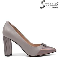 Елегантни обувки в сиво и розово - 34657