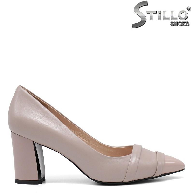 Елегантни бежови обувки на висок ток - 34674