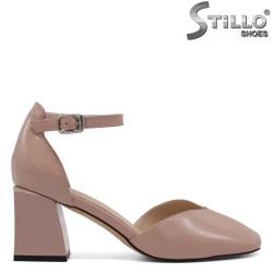 Летни дамски обувки на широк ток - 34687