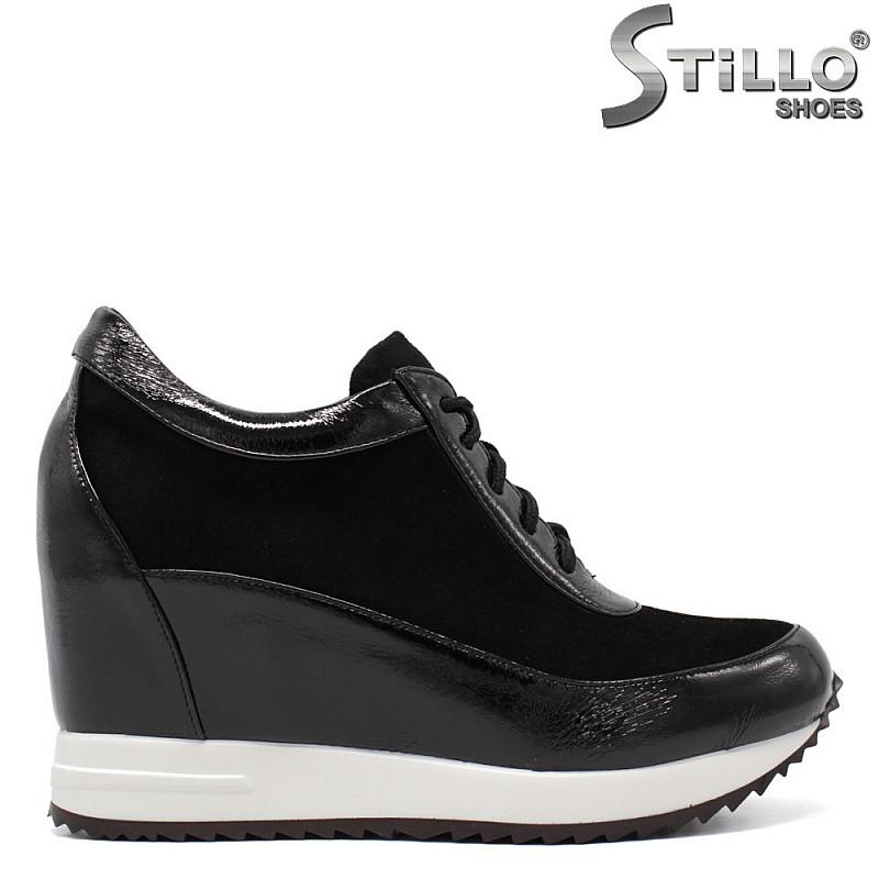 Спортни обувки от велур и лак - 34691