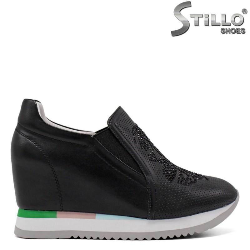 Спортни обувки от черна кожа - 34698