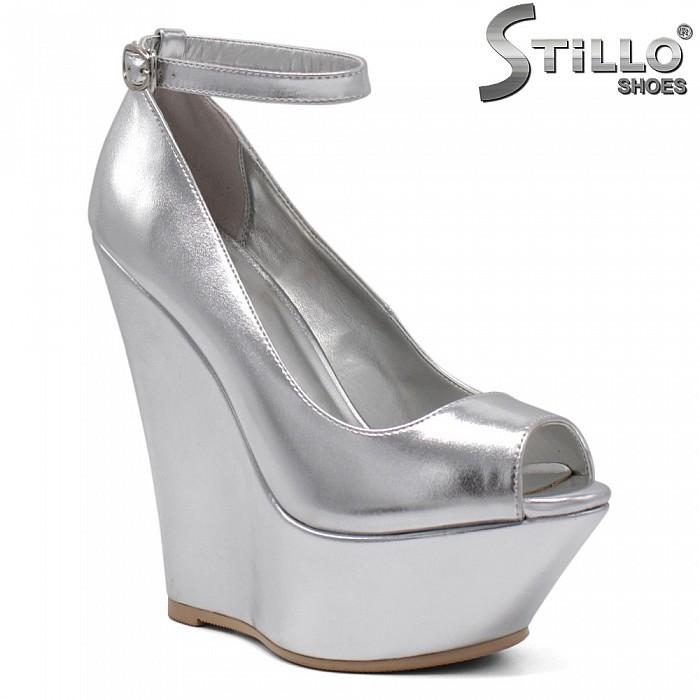 Обувки с отворени пръсти в сребро - 34726