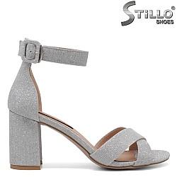 Сребристи сандали на стабилен ток - 34729
