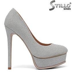 Официални обувки на тънко токче и платформа - 34732