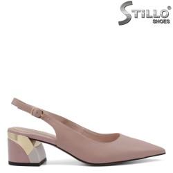 Дамски обувки с отворена пета - 34750