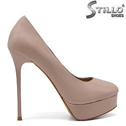 33,34,35 размер бежови обувки на платформа и ток - 34755