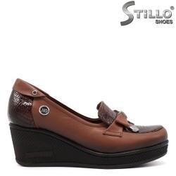 Кафяви обувки на платформа  - 34768