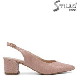 Елегантни сандали със змийска щампа - 34784