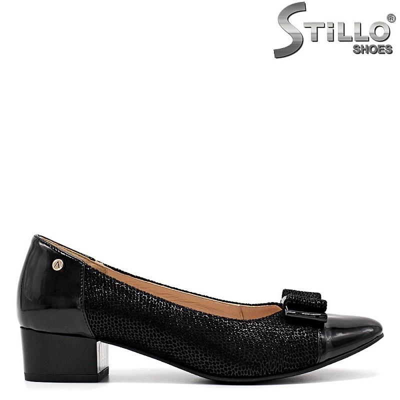 Ежедневни обувки на нисък ток - 34788