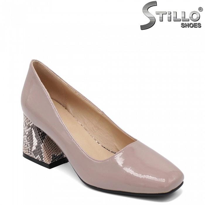 Елегантни обувки на среден змийски ток - 34802