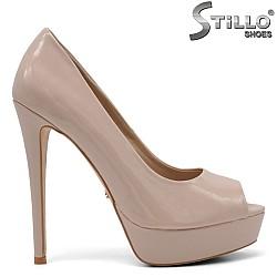 Обувки с отворени пръсти на платформа - 34824