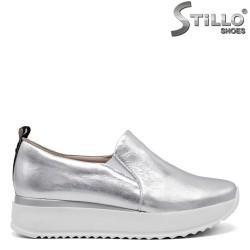 Сребърни пролетни обувки от естествена кожа - 34834