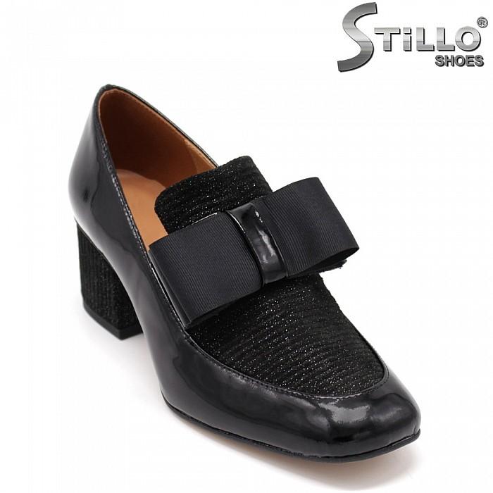 Затворени пролетни обувки - 34840