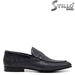 Мъжки елегантни обувки с перфорация - 34860