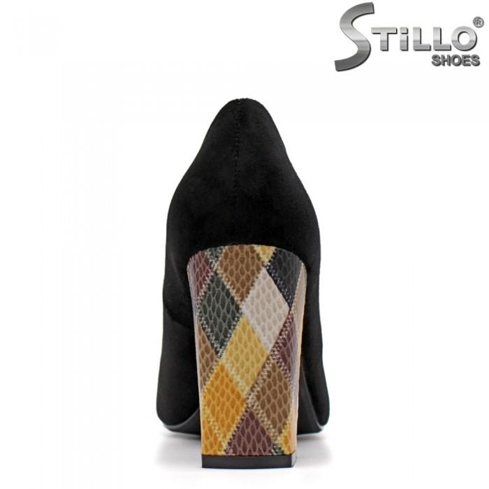 Обувки на ефектен ток с отворени пръсти - 34882