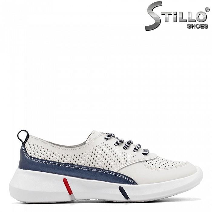Пролетни спортни обувки в бяла кожа - 34891