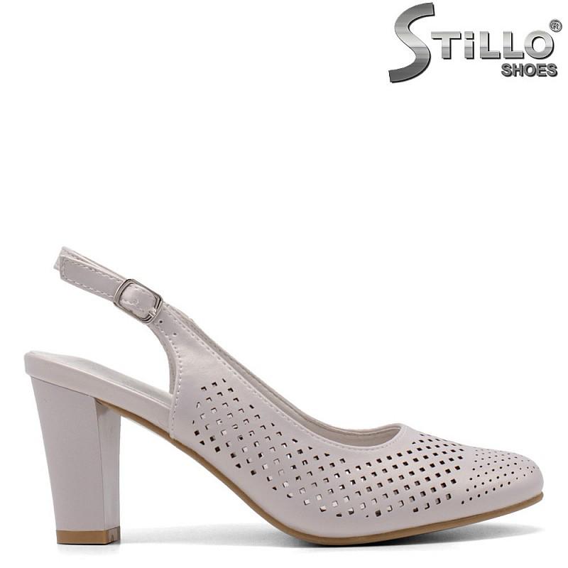 Дамски обувки с отворена пета на висок широк ток - 34917