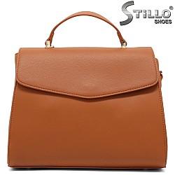 Кафява дамска чанта с къса и дълга дръжка - 34992