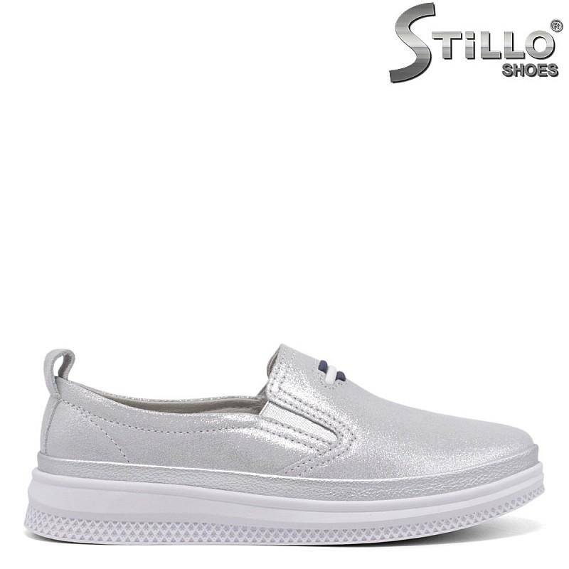 Сребристи пролетни обувки - 35023